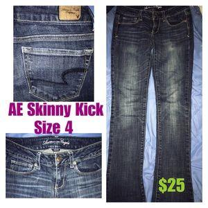 Women's American Eagle skinny kick jeans